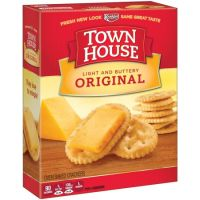 Print a coupon for $1 off any two packages of Keebler Town House Crackers