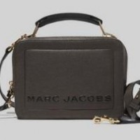 Get 5% cash back on all online orders from Marc Jacobs